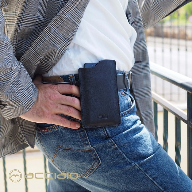 Portatelefono da cintura in pelle toscana